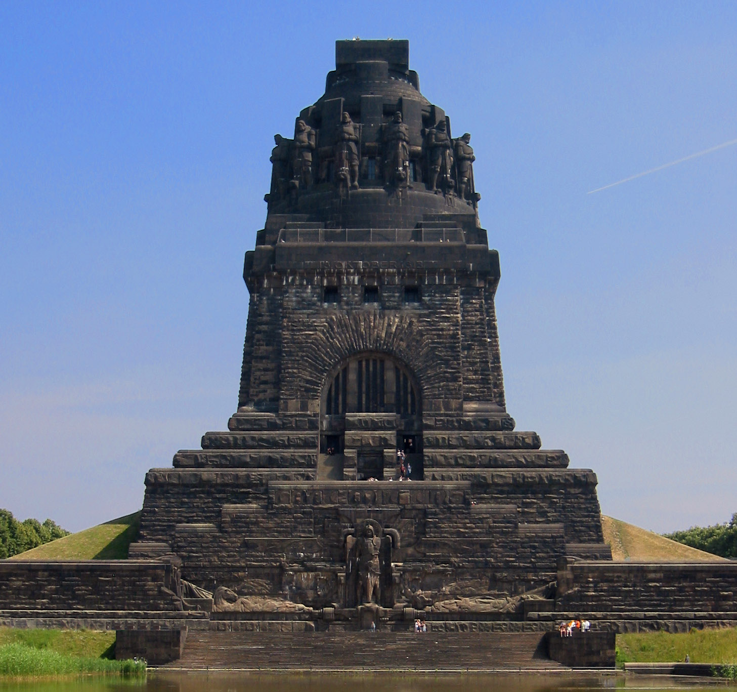 Battle_Of_The_Nations-Monument.jpg