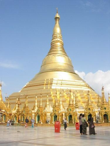 2846858-Travel_Picture-Shwe_Dagon_Pagoda.jpg